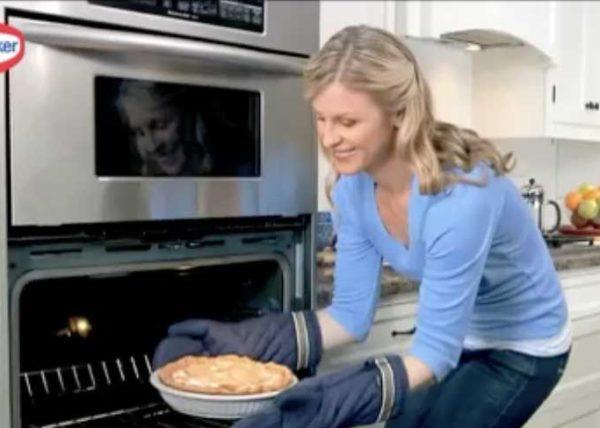Shirriff Lemon Pie commercial styled by Toronto food stylist and recipe developer Marianne Wren